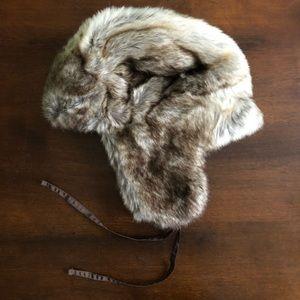 a2131eabb7d9d Eddie Bauer Accessories - Eddie Bauer Faux Fur Trapper Hat